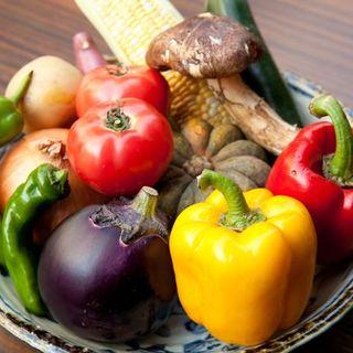 京都大原産自家農園の新鮮有機野菜や京野菜が自慢です