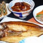 かかし - 料理写真:羅臼産のほっけ・十勝産のじゃがいもで肉じゃが・帯広名物の豚丼など美味しいものいっぱいです。