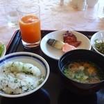 レイクサイドホテル久山 レストラン 湖翠 - 朝食バイキングの一例