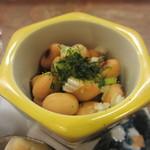 巽蕎麦 志ま平 - 大豆煮
