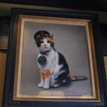 21397445 - たま駅長の肖像画がリアル(笑)