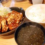 東京トンテキ - 【大トンテキ定食】(国産肩ロース250g)¥1,200