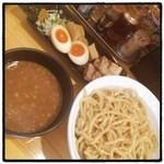 春樹 - 超濃厚魚介とんこつつけ麺スペシャル@950  2013/103杯め