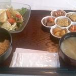 里山カフェ - 有機豆腐とオーブン焼き野菜サラダセット