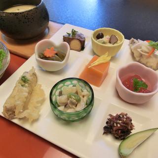 粟井温泉 あしもり荘 - 料理写真:あしもり膳(前菜)