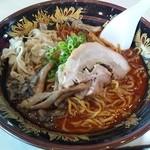 一竜 - 亀山ラーメン(牛骨味噌ラーメン)780円