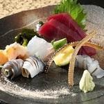 築地 龍寿司 - 料理写真:お造り盛合せ