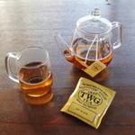 グラウンド ワーク - TWG Tea (Alfonso Tea,1837 Black Tea,Royal Darjeeling FTGOP1,Harmutty SFTGFOP1,Crème Caramel Tea,Singapore Breakfast Tea,French Earl Grey,Jasmine Queen Tea)