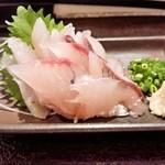 本気居酒屋高橋水産 - 岩手とび魚の刺身(290円)