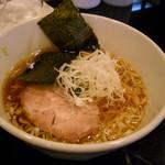 笑味 - 飛魚醤油ラーメン750円