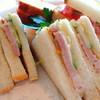レストラン.たかとんぼ - 料理写真:きたやつハムと信州サーモンのサンドイッチ
