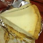 21417122 - ローザンヌ(岡山)とろけるベイクドチーズケーキ(473円)