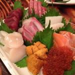 浜焼酒場 魚○ - 豪快!魚○刺身盛り合わせ(通称:豪快盛り)(1,980円)2013年9月