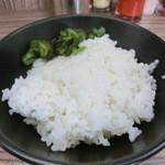 ラーメン武蔵家 - 昼夜ライス無料です!