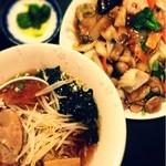 聚香閣 - 醤油ラーメンと中華飯のセット