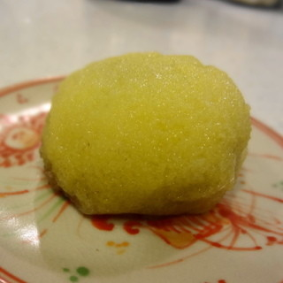 小池菓子舗  - 料理写真:名物 粟饅頭