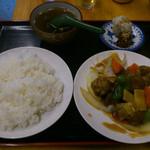 天安門 - 酢豚定食