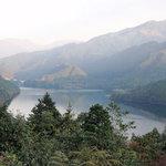 2143357 - 露天風呂からの眺め 黒瀬湖 です。