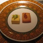 ダイニズ・テーブル - お通し?の揚げパンと玉子枝豆