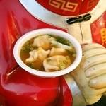 堂記豚肉店 - 海老入り水餃子