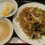広州厨房 - 上海焼きそば:600円