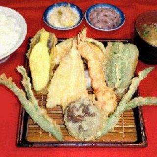 旬のお野菜を使った天ぷらメニューも豊富にご用意しております♪