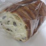 パン ド イル - ぶどうのパン(300円)
