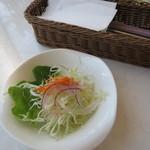 デルカフェ - 野菜サラダ