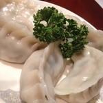 東海飯店 - 水餃子