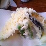 うどんの上州 - 天ぷら盛り合わせ アップ♪w