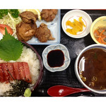 万徳 - ★マグロ丼+唐あげ定食