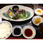 万徳 - ★天然ブリ刺身+カツオたたき定食