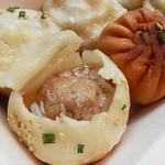 上海 焼き小籠包 - スープがたっぷり♪