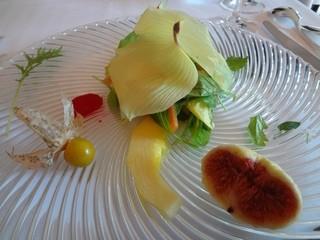 ル ジャルダン グルマン - 自家菜園のサラダ 美しい