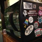 サントゥーダイナー - シモネリのコーヒーマシンには、Sun2Dinerを応援してくれる仲間のステッカーが一杯!!!