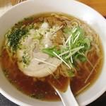 自家製ラーメン 菊屋食堂 - 醤油ラーメン(手打ち麺)2013年9月