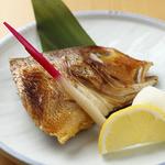 旬彩酒房 夢商人 - 季節の焼魚(写真は甘鯛 1280円)