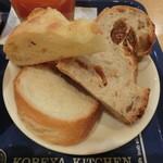 21461059 - 食べ放題のパン