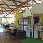 町田バーネット牧場 - 入口入って左側 レストラン