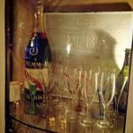 アルバカフェ - 記念日にシャンパンで乾杯☆