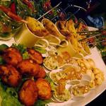 フランス家庭料理  グランダミ - パーティープランの前菜は華やかな盛り合わせから始まります(*^_^*)