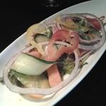 ガレ - 料理写真:「前菜」というか、サラダですかな。