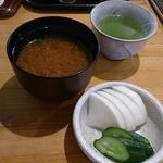 光村 - 味噌汁と漬物
