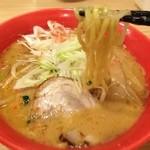味噌番長 - 海老味噌  麺リフト