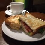上島珈琲店 - B.L.T.サンドとブレンドコーヒー