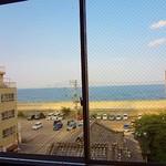 関屋 - 窓から少し先に海が見えます