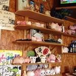 コブタ - 豚の人形がたくさん