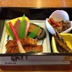 鮎鴨亭 - ランチタイム! お味は、点数通りです。