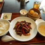 杏梨 チャイニーズキッチン - 牛肉黒胡椒炒め
