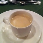 オテル・ド・ミロワール - マッシュルームのスープ